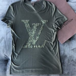 Louis Vuitton Green Sequin Lv Logo Tee Shirt